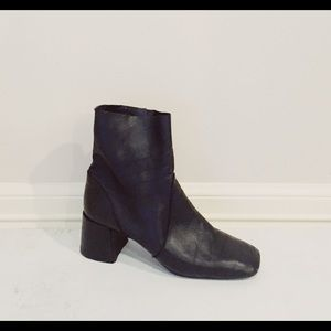 Black topshop leather heeled booties